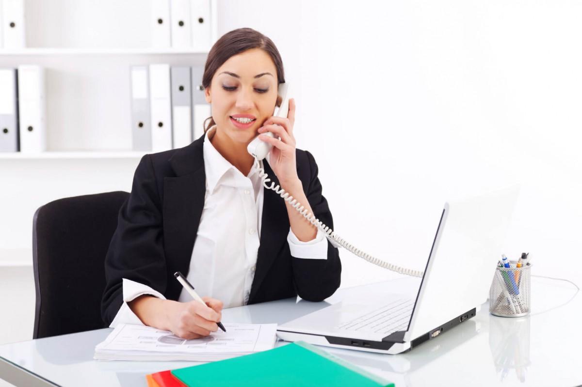 Công việc của một nhân viên chăm sóc khách hàng