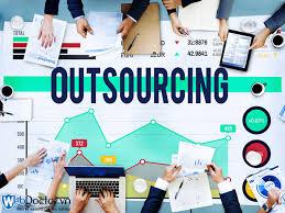 công ty outsource là gì