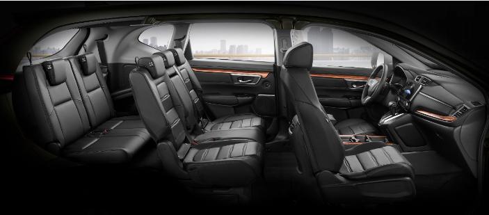 Chú ý đến nội thất và yếu tố an toàn của xe