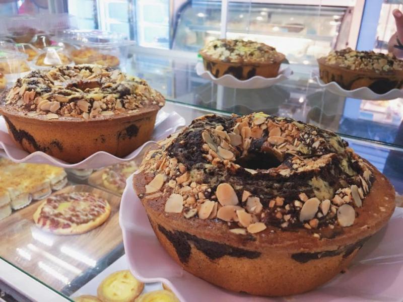 Tiệm bánh kem Tường Vân