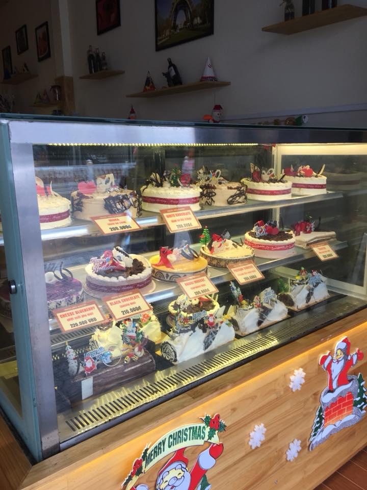 Tiệm bánh Trung Hiếu Bakery