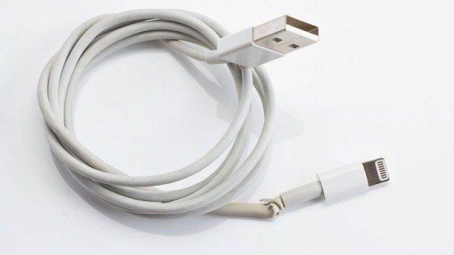 iPhone sạc không vào PIN, nguyên nhân và cách khắc phục