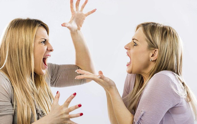 Đối mặt với sự chỉ trích khi làm việc